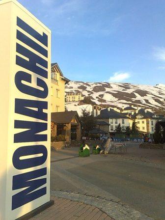 El pueblo de Monachil
