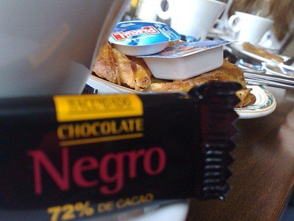 Un poquito de chocolate con el cruasan