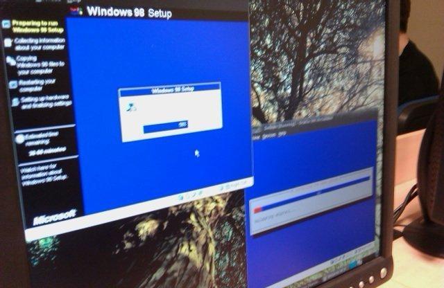 Virtualizando Windows 98 y Debian a la vez