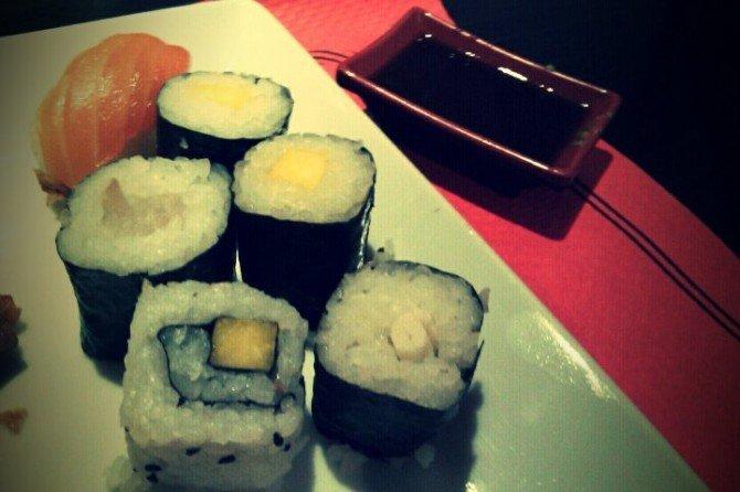 Comer todo el shushi que quieras en buffet muy barato