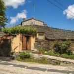 Una visita a los pueblos de la arquitectura negra de Guadalajara