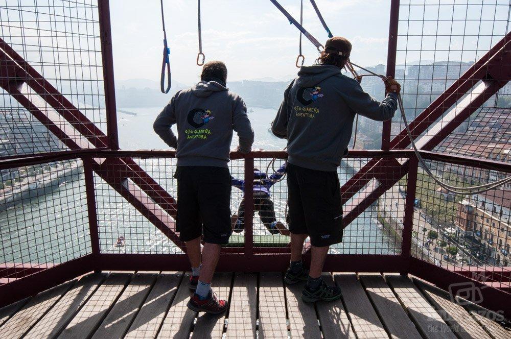 Goming en el Puente Colgante de Vizcaya