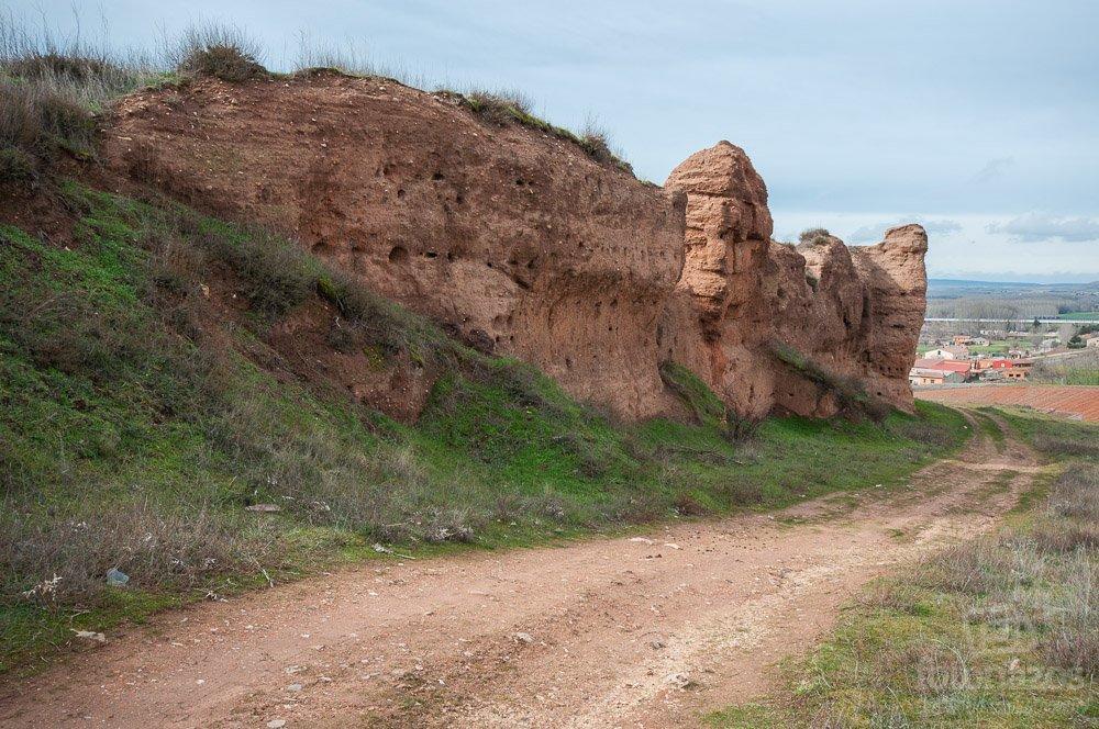 Los Paredones, la muralla árabe de Ayllón