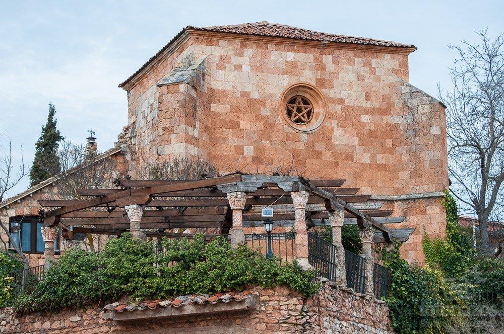 La iglesia de San Juan Evangelista de Ayllón