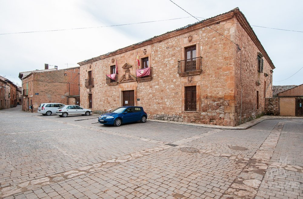 Palacio del Obispo Vellosillo de Ayllón
