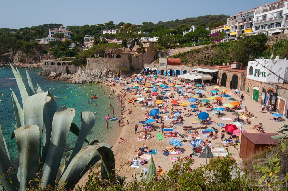 Playa de Port Pelegrí en Callella de Palagrugell