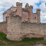 El castillo de Turégano y la iglesia románica de San Miguel