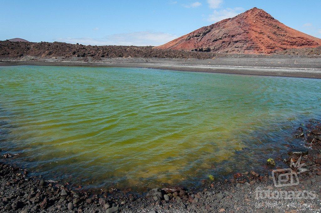La charca verde de Playa Bermeja