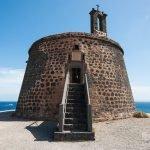 El Castillo de las Coloradas o Torre del Águila en Playa Blanca