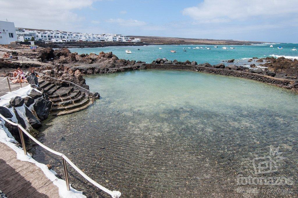 Piscinas Naturales Las Rosas en Punta Mujeres, Lanzarote