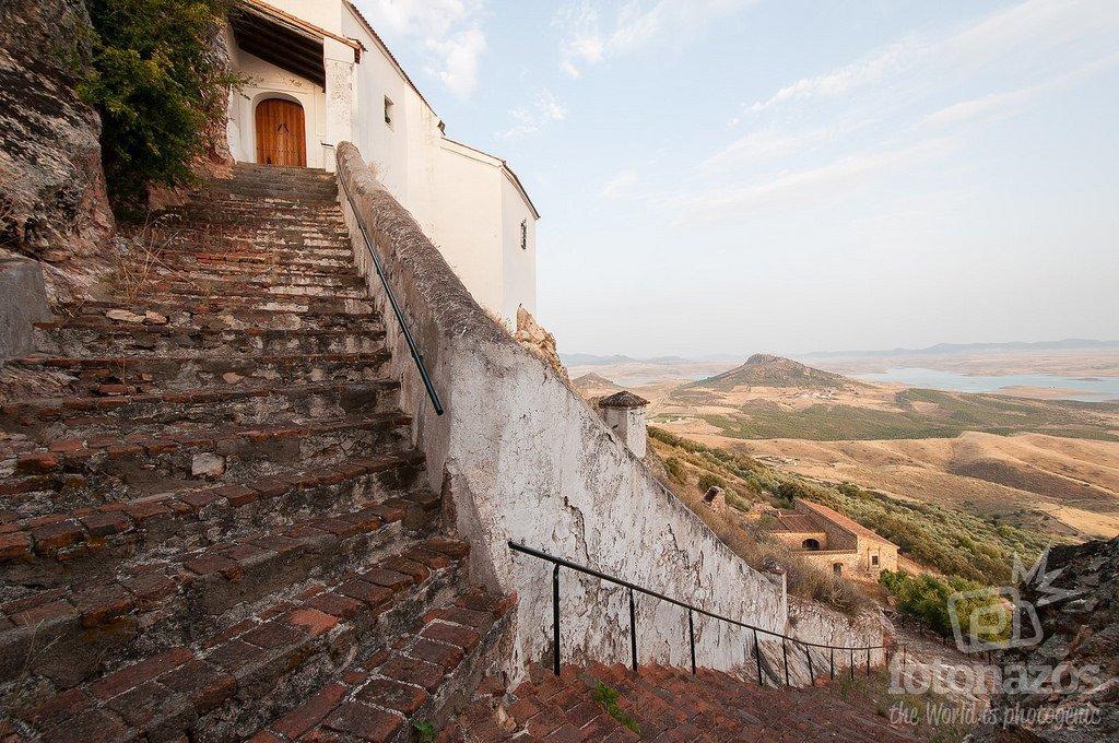 Ermita Virgen de la Cueva en Esparragosa de Lares, Badajoz