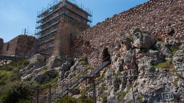 El Castillo de Peñas Negras en Mora, Toledo