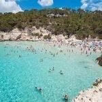 Las calas Mitjana y Mitjaneta de Menorca