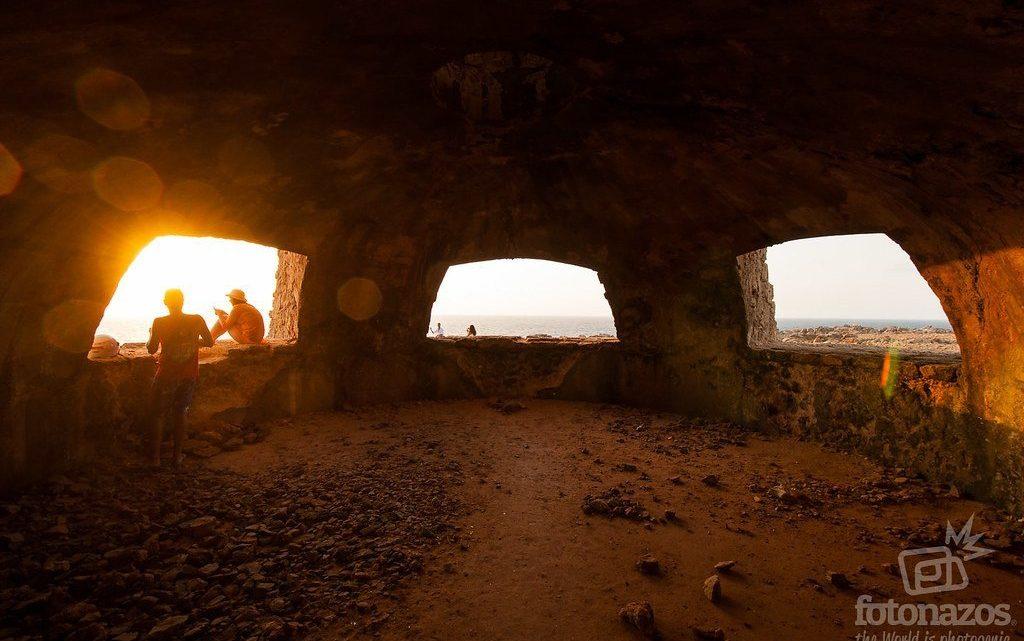 Puesta de sol desde el Faro de Punta Nati en Menorca